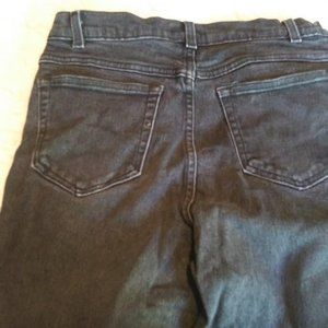 STYLE & CO  BLACK JEANS SIZE 8 LONG